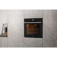 Hotpoint SA2540HBL Built In Electric Single Oven With 8 Functios